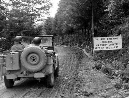 Jeep enters Germany