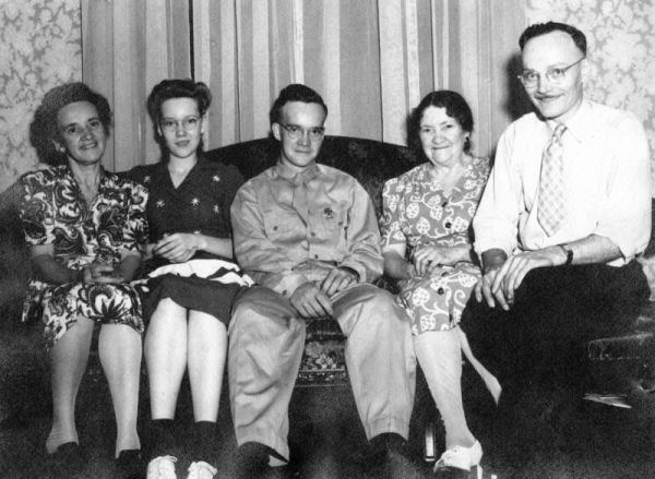 Nan, Lois, Bill, Ma Miller and Pop Pop, the family in August 1944