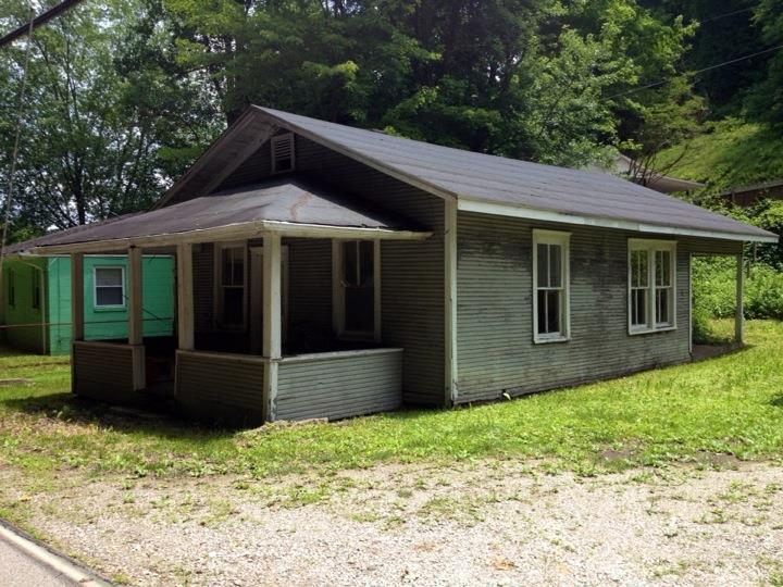 The house where Bobby lived.
