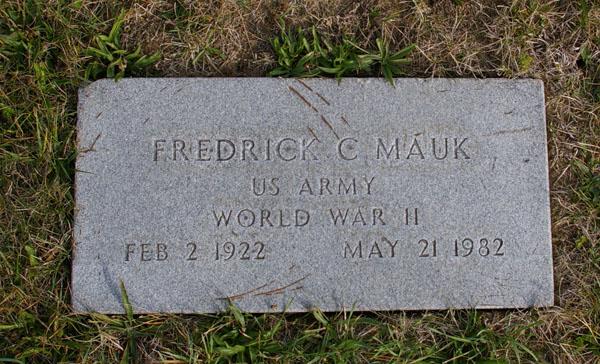 Fred Mauk Gravesite plaque